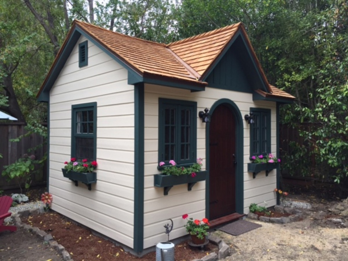 palmerston small shed plans in a garden
