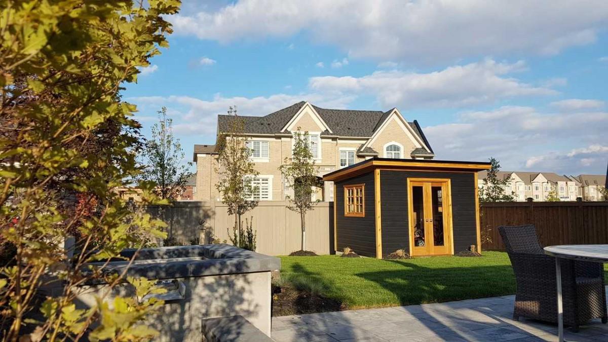 Backyard urban studio home studio plan 9'x12' in a backyard seen from the side1. ID number 5708-2.