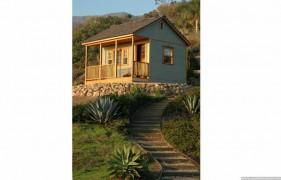Canmore backyard studio design